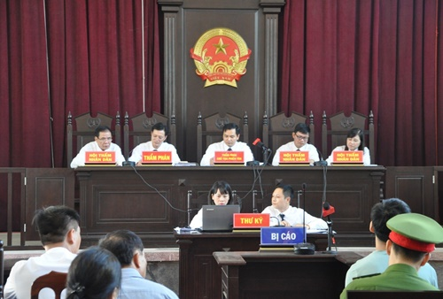 Hoàng Công Lương cùng 4 người khác viết đơn kháng cáo nộp TAND TP. Hòa Bình