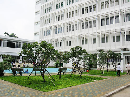 Dự kiến điểm chuẩn Đại học Y khoa Phạm Ngọc Thạch năm 2017 tăng cao