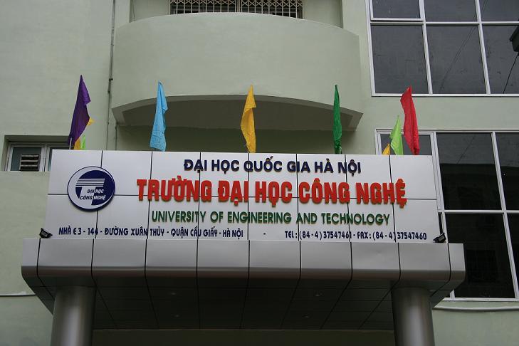 Đại học Công nghệ - Đại học Quốc gia Hà Nội hạ điểm chuẩn