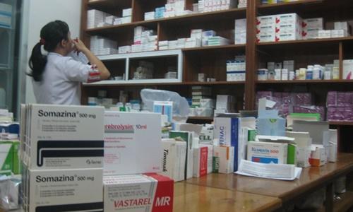 """Nhiều bệnh viện tại TP.HCM """"KHÓC TIẾNG MÁN"""" vì không mua được thuốc"""