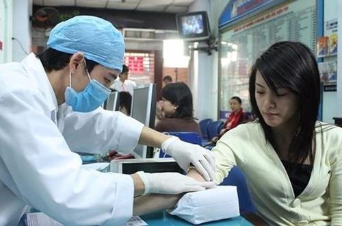 Từ 2020, Bộ Y tế yêu cầu bác sĩ phải thi sát hạch mới được cấp chứng chỉ hành nghề