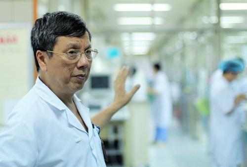 Giáo sư Nguyễn Gia Bình SỢ ĂN TẾT ở khoa Hồi sức tích cực