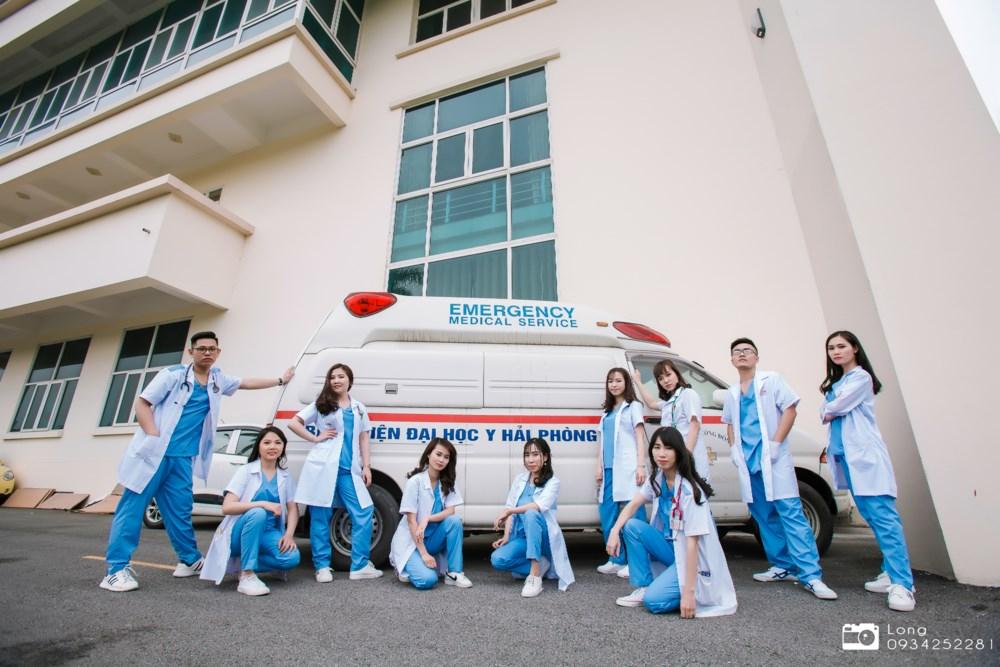 Muốn làm bác sĩ ở Việt Nam thì nhất định phải có MÁU LIỀU?