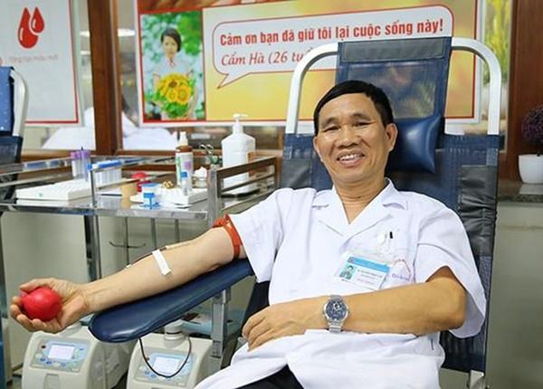 Hiếm có: Bác sĩ huyết học 40 lần hiến máu hiếm cứu sống bệnh nhân cấp cứu