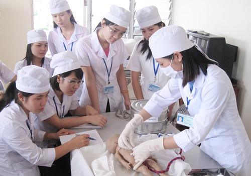 5 nguyên nhân khiến sinh viên ngành Y Dược không tìm được việc làm