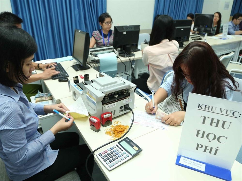 Đại học Bách Khoa Hà Nội thực hiện miễn giảm học phí theo quy định của Nhà nước