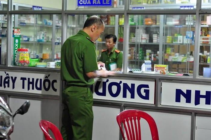 Không xin được tiền mua ma túy: Nam thanh niên đâm chết chủ quầy thuốc Tây