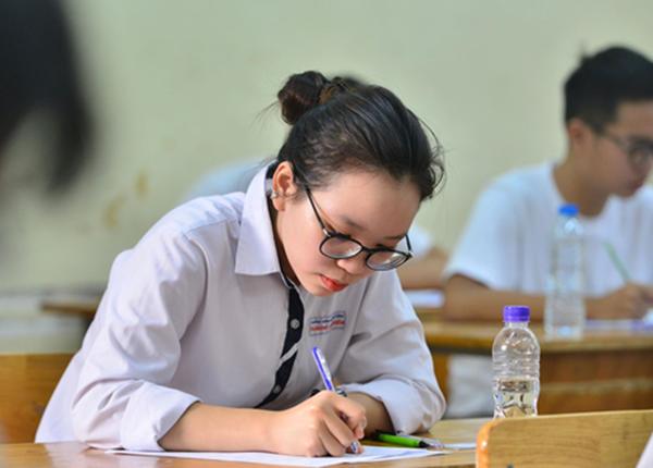 Bộ Giáo dục đề xuất thi tốt nghiệp THPT Quốc gia năm 2020 làm 2 đợt