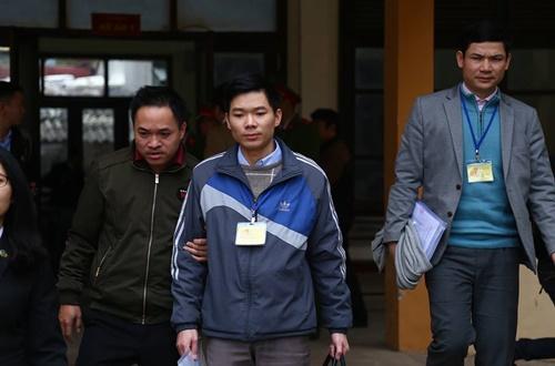 Bác sĩ Hoàng Công Lương bị VKS đề nghị mức án 36 – 42 tháng tù giam