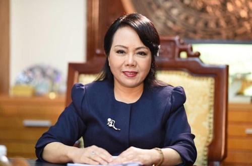 Bộ trưởng Tiến yêu cầu nhân viên y tế tập thể dục 2 lần/ngày