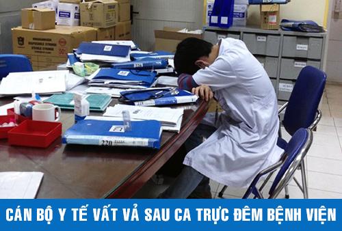 Dù là ngày nghỉ nhưng cán bộ nhân viên ngành y vẫn phải trực đêm