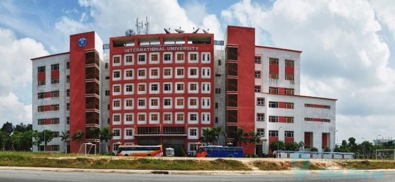 Đại học quốc tế - Đại học quốc gia Hồ Chí Minh khiến tân sinh viên choáng ngợp