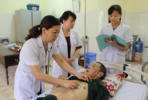 Điều Dưỡng viên Việt Nam đang dần trở thành người giúp việc cho bác sĩ?