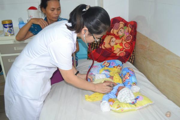 Thai phụ 36 tuần thoát nhập viện trong tình trạng nguy kịch vì ong đốt
