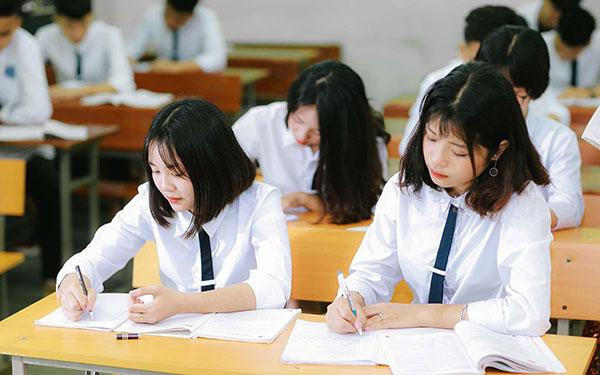 Dự thảo quy chế thi tốt nghiệp THPT 2020 vừa được Bộ GD-ĐT công bố