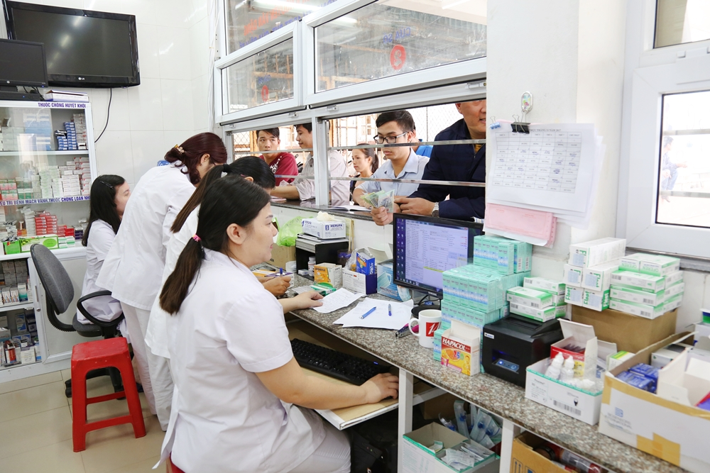 Vì sao chưa thể áp dụng bán thuốc bằng công nghệ thông tin ở Việt Nam?