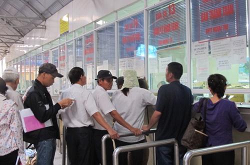 Xử lý 10.000 cán bộ ngành Y tế từ Xã đến Trung ương qua đường dây nóng