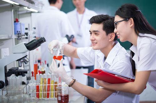 Hình thức liên thông Cao đẳng Dược lên Đại học Dược có gì mới 2016