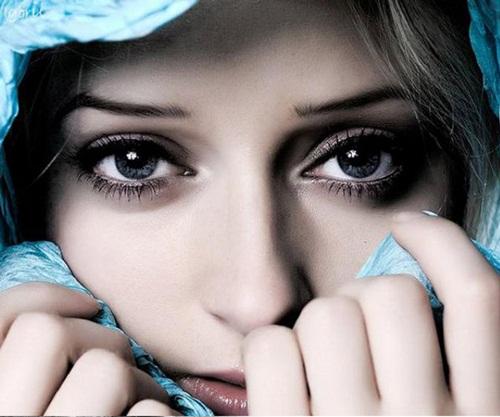 Sự thật máy mắt không phải điềm báo lành dữ mà là bệnh về mắt