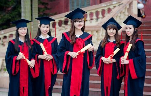 Y Dược lọt top 3 ngành học được trả lương cao nhất khi ra trường?