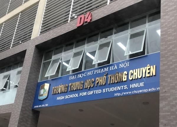 Trường THPT chuyên đại học Sư phạm tuyển thẳng 32 học sinh vào lớp 10