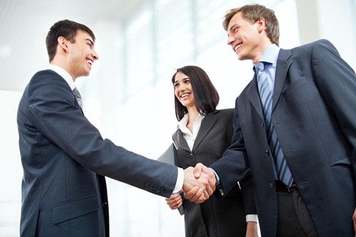 Kỹ năng giao tiếp tốt giúp tân cử nhân tìm việc thành công