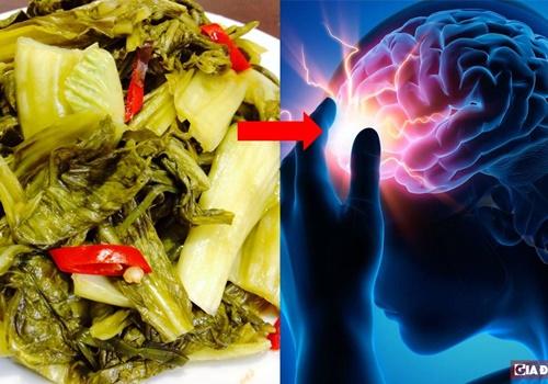 Ngày càng nhiều người Việt mắc ung thư chỉ vì thích ăn dưa cà muối