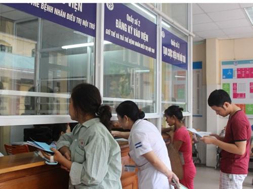 Bộ Y tế và Bảo hiểm bất đồng vì thông tư 15 về giá mới của 1.800 dịch vụ y tế