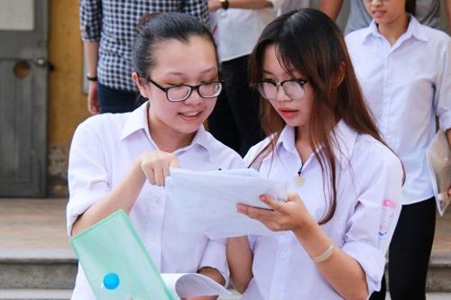 Trường Đại học nào tuyển sinh hình thức xét học bạ tại TP.HCM?