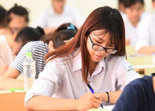 Thi THPT quốc gia bỏ 1 bài thi tổ hợp có được xét tốt nghiệp THPT?