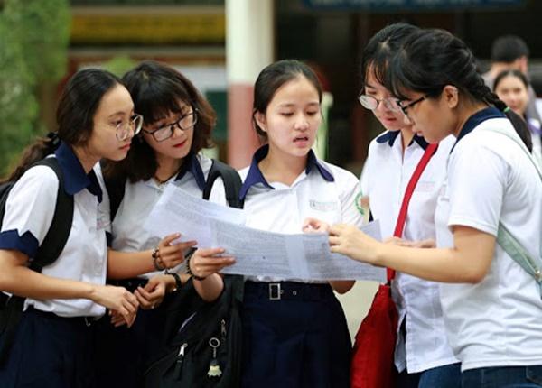 Vì sao học sinh ở Hà Nội chọn thi môn xã hội nhiều hơn học sinh ở TP.HCM?