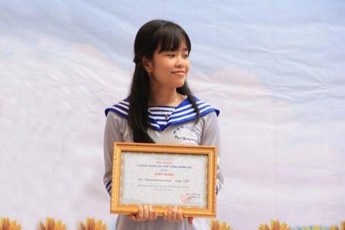 Nữ sinh 28,2 điểm khối A mơ được học Trường Cao đẳng Y Dược Pasteur