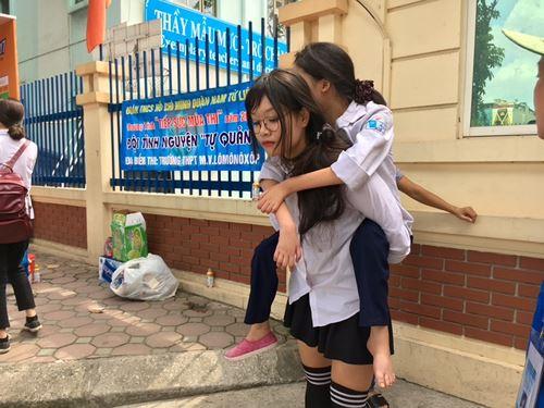Tin hot: ĐH Dược Hà Nội không tuyển thí sinh dị tật, khuyết tật năm 2018