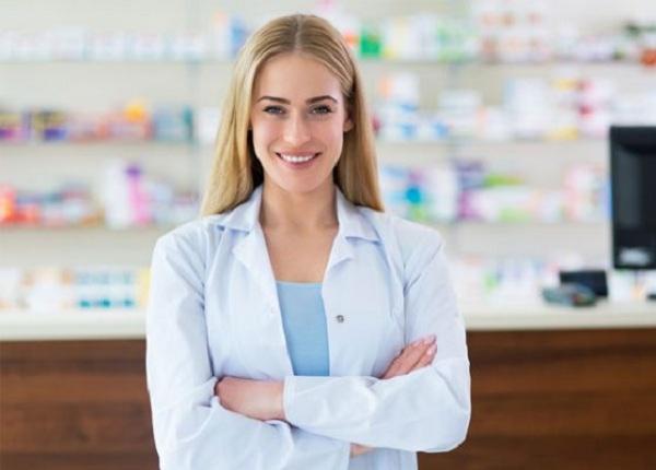Muốn làm nghề Trình Dược viên nên học Cao đẳng hay Đại học Dược?