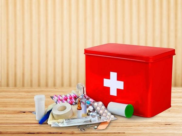 Tủ thuốc gia đình cần có những loại thuốc gì?