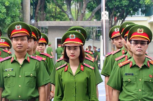 Thí sinh chỉ được đăng ký vào Công an hoặc Quân đội