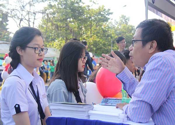 Số lượng hồ sơ đăng ký vào Trường ĐH Y Hà Nội tăng hơn 2000 so với năm 2018