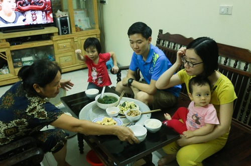 Vợ Bác sĩ Lương viết đơn xin cho chồng vắng mặt trong phiên tòa xét xử