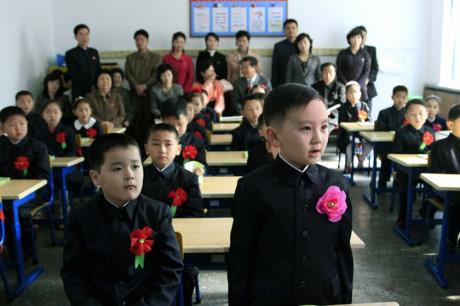 Cha mẹ có thể dự buổi học đầu năm cùng con