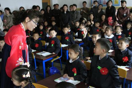 ăm học 2017- 2018 là năm đầu tiên Triều Tiên thực thi chương trình cải cách phổ cập 12 năm
