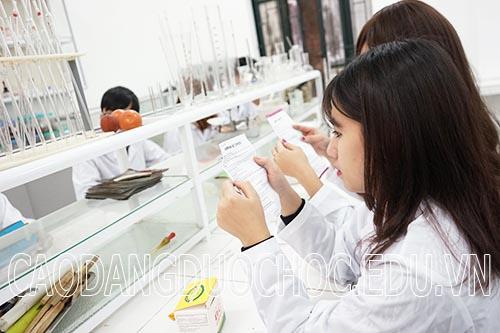 Địa chỉ học Trung cấp Dược buổi tối tại Hà Nội