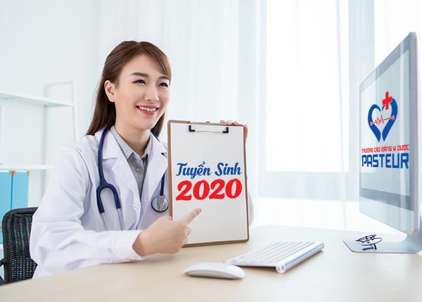 Mức học phí Cao đẳng Dược Hà Nội Pasteur năm 2020 là bao nhiêu?