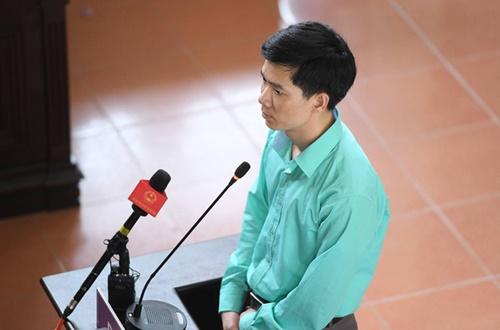 Đã có 03 lần Bác sĩ Hoàng Công Lương bị thay đổi tội danh trong vụ án chạy thận