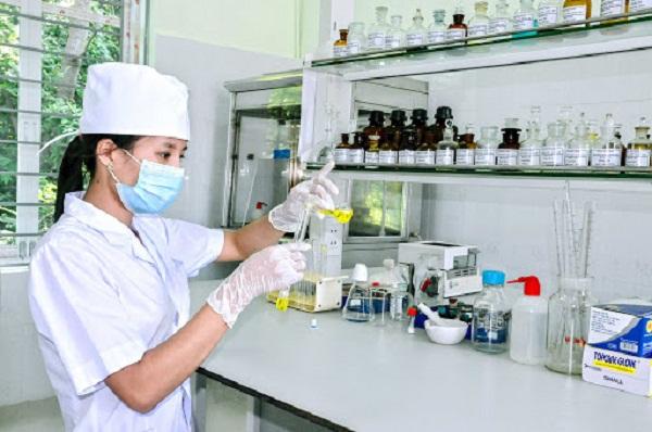 Danh sách các trường đại học đào tạo ngành Dược năm 2021