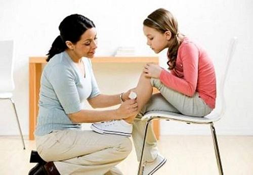 Cách sơ cứu khi trẻ bị thương nhẹ
