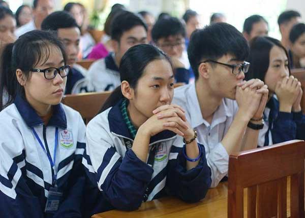 41% học sinh Nghệ An không đăng ký xét tuyển đại học