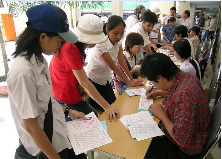 Chuẩn bị giấy tờ cần thiết trước khi đến nhập học