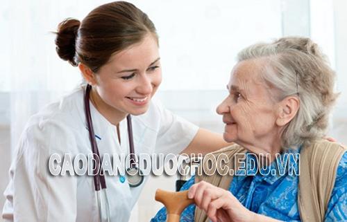 Học ngành Y - Điều dưỡng là chấp nhận đánh đổi