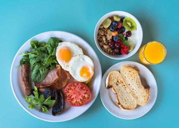 Điểm danh 4 kiểu ăn sáng sai lầm khiến cơ thể bị tàn phá từ bên trong