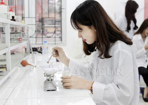 Trường Cao đẳng Y Dược Pasteur nơi hiện thực hóa ước mơ Dược sĩ